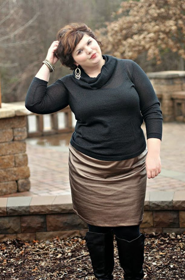 Best clothing styles for short fat women