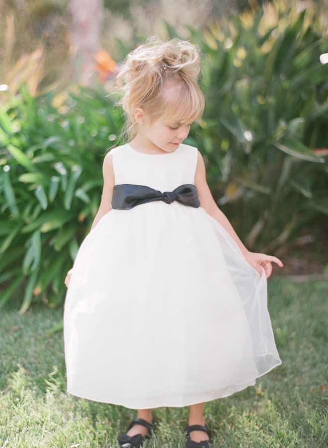 Black and white flower girl dress: http://www.stylemepretty.com/2015/05/26/black-white-gold-outdoor-glam-wedding/ Photography: Diana McGregor - http://www.dianamcgregor.com/