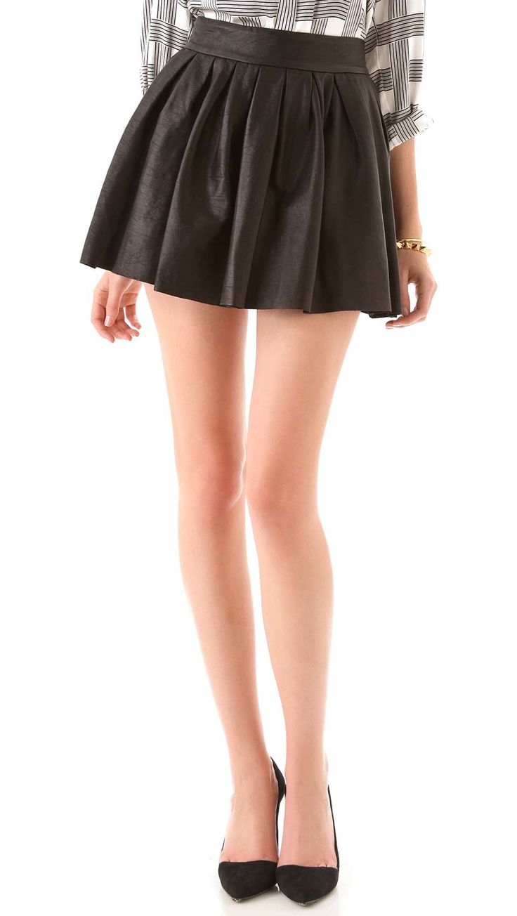 Alice+Olivia Box Pleat Leather Skirt  Leather skirts are super in this season, love this style!