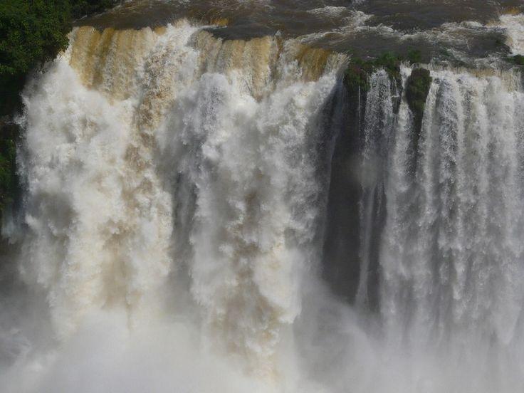 Водопады Игуасу в Аргентине