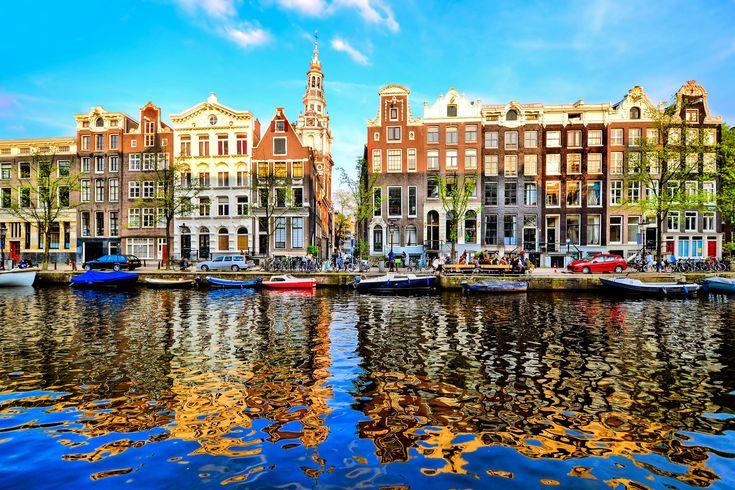 Ihr seid auf der Suche nach einem günstigen Hotel in Amsterdam? Hier gibt es 3 Tage inkl. 4 Sterne Hotel mit Frühstück & Wellness für nur 89€