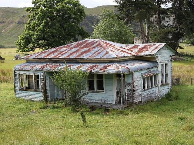 Old house, Mangaweka, Rangitikei, New Zealand by brian nz, via Flickr
