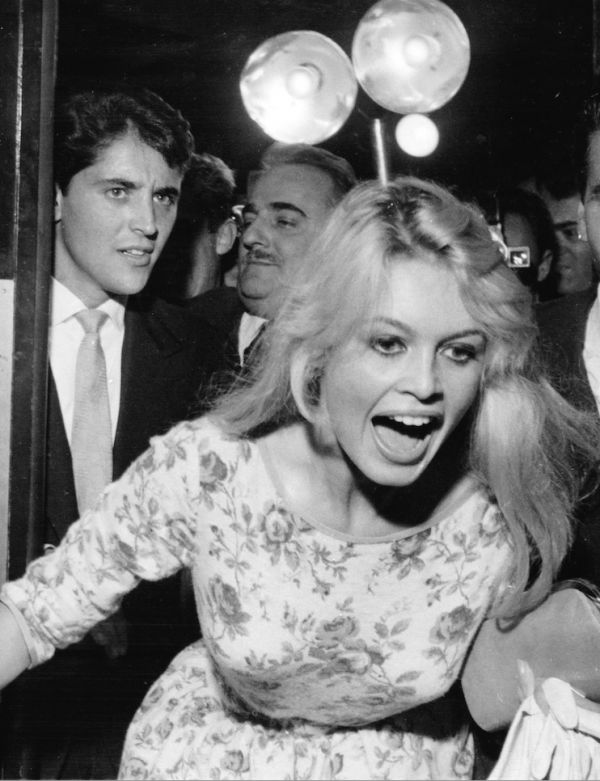 "Brigitte and Sacha Distel at the Olympia for the premiere of ""Brigitte"", 8 October 1958."