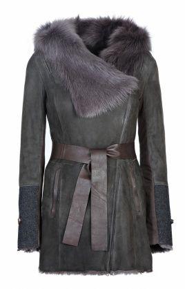 Женская дубленка   с отделкой из текстиля и кожи