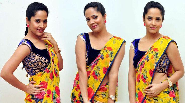 Hot Anchor Anasuya In Sleev less Saree At Srimanthudu Successmeet