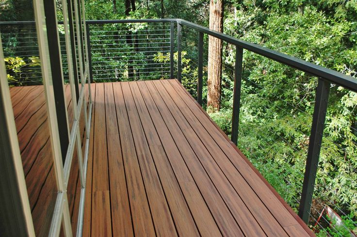 Scotts Valley California Cable Railing System With