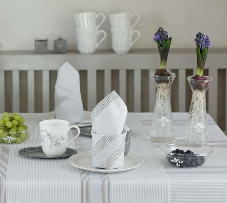 Soft line cups & Hyacinth vases