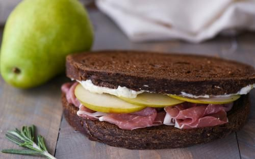 Elevate your next sandwich experience with Prosciutto & Pear Sandwich with Herbed Parmesan Mayo from @foxeslovelemons