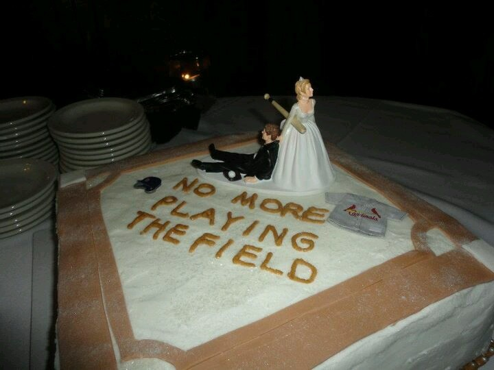 The 25+ best ideas about Rehearsal Dinner Cake on ...
