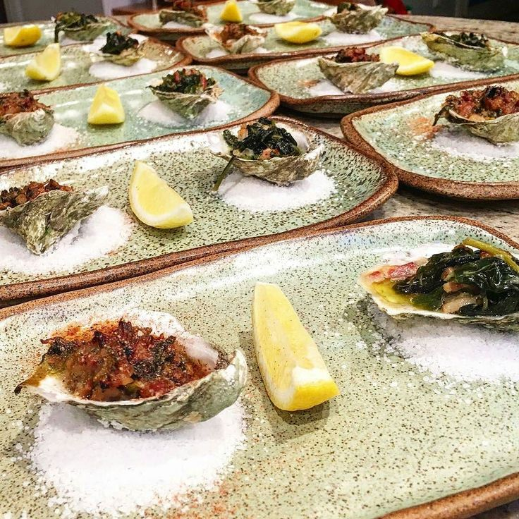 @mikebettscook OYSTERS ROCKEFELLER game strong!!! Thanks for assembling them in my plates.... . . . . . . . . . .  #bostoneats #bostonfoodies #bosbloggers #eatlocalma #Foods4Thought #buzzfeast #gloobyfood #beautifulcuisines #f52grams #huffposttaste #befitfoods #feedfeed @thefeedfeed #heresmyfood #foodandwine #lovefood #cuisinesworld #healthycuisines #food #ahealthynut #cookcl #tellnewengland #bosfeed #bosfood #Boston #igersboston