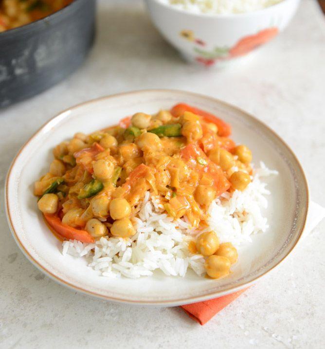 Curry aux pois chiches avec du riz aromatisé à la noix de coco   lundis sans viande
