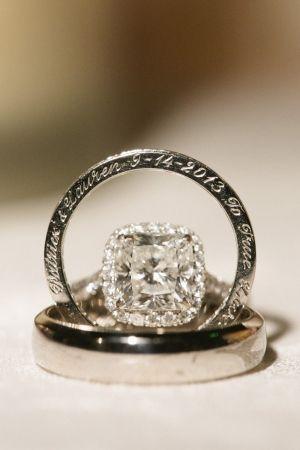 I just adore engraved wedding rings || Photo: Caroline Tran