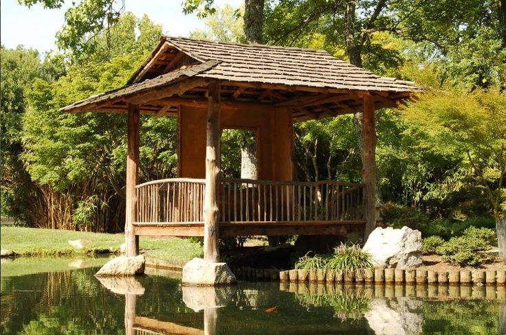 Japanese Hut 1 by ~Akamu23 on deviantART ( akamu23.deviantart.com/art/Japanese-Hut-1-132472391, 2009 )