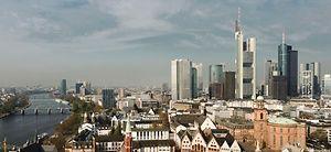 Frankfurt: Auf dem Deutschen-Bank-Areal entstehen vier Hochhäuser. Bild: MEV Verlag GmbH
