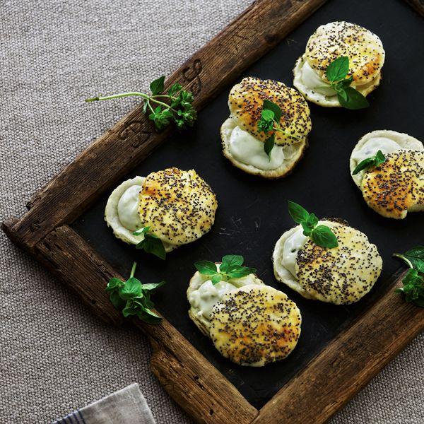 Butterdejsmedaljoner med gorgonzolacreme