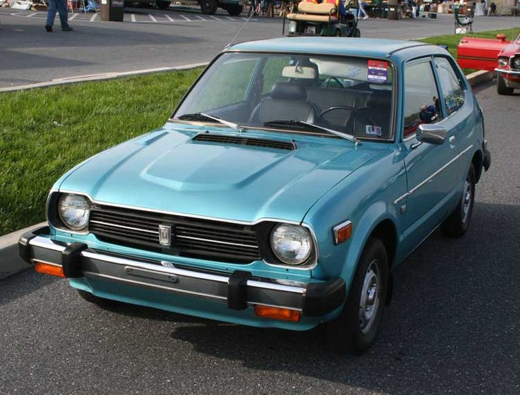 I really want this 1979 Civic. How cute is this?