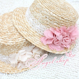 Straw hat with flowers ^^