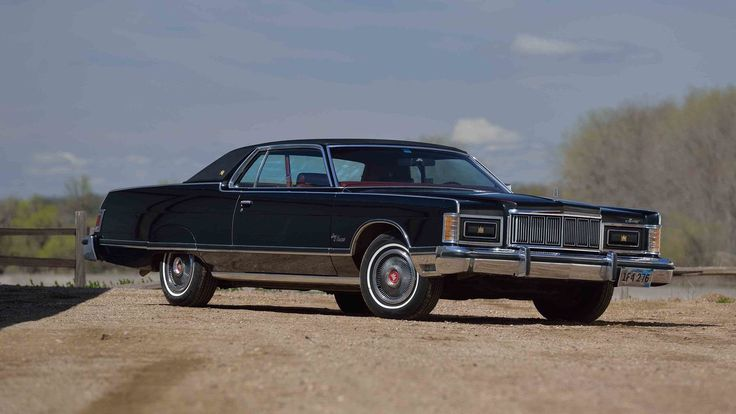 1976 Mercury Grand Marquis presented as Lot G195 at Indianapolis, IN