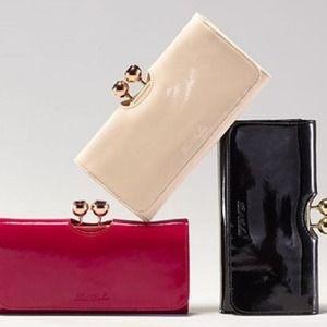 30% Off Ted Baker Women Handbags Sales @ Bloomingdales