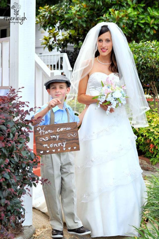 Good 40u0027s Theme/rustic Outdoor Wedding