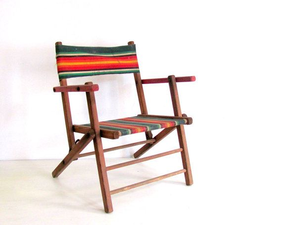 killing me with the vintage beach chairs. i need to be bonfire-side, stat!