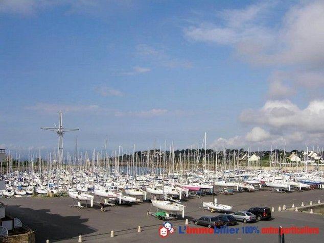 Faites un achat immobilier entre particuliers dans le Morbihan avec cette villa située à Arzon  http://www.partenaire-europeen.fr/Actualites-Conseils/Achat-Vente-entre-particuliers/Immobilier-appartements-a-decouvrir/Appartements-entre-particuliers-en-Bretagne/Appartement-F3-equipe-vue-port-Crouesty-terrasse-residence-securisee-id2724430-20150701 #appartement