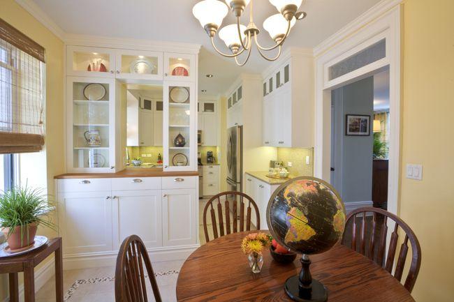 Modern country kitchen in Manhattan. // Kitchen by Dawn Falcone and Robert Dolan