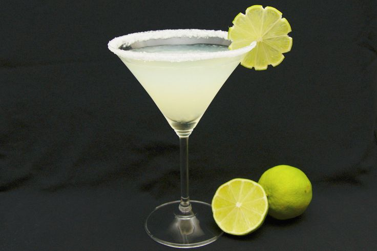 Basic margarita recipe. Tequila, Cointreau, limes, ice.