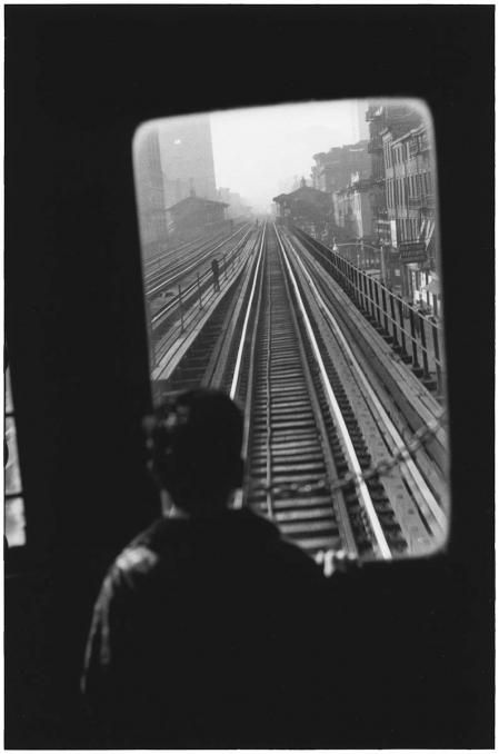 ELLIOTT ERWITT New York City, 1955. Born on July 26, 1928 in Paris, Elliott Erwitt spent his childhood in Milan. His interest in photography began while he was a teenager living in Hollywood. Elliott Erwitt was invited to join Magnum Photos in 1953 and has been a member of the prestigious agency ever since, serving several terms as its president.