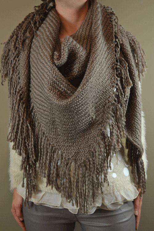 Driehoek sjaal, gebreid, tricotsteek, Taupe