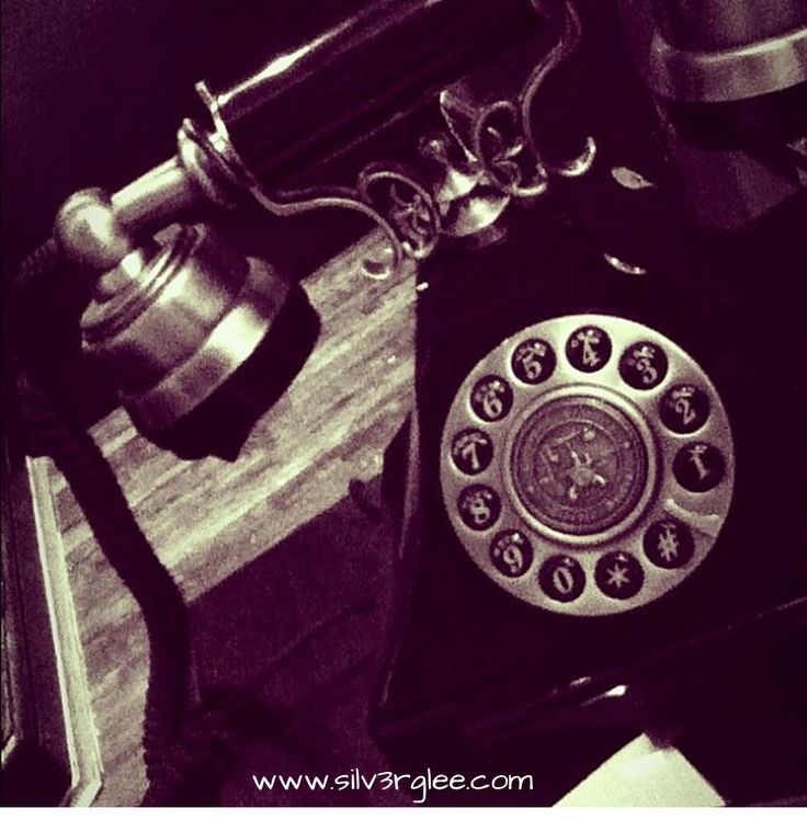 Who would you call first? | #HEART, #HEARTVSHEAD, #INSANITY, #LOVE, #PHONE #CALL, #RETROPHONE, #SANITY, #WORDS
