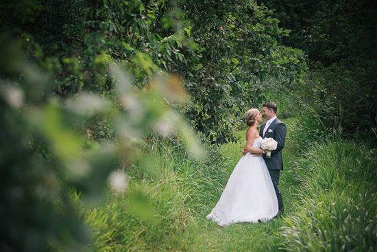 Bride & Groom photos I like // Polka Dot Bride: Laura and Justin's Summer Tweed Valley Wedding
