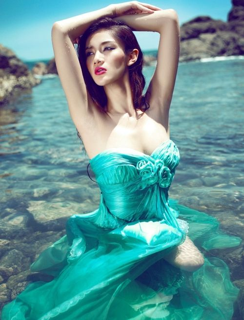 ♥: Water, Mermaid Theme, Fashion Editorial Photography, Colors, Blue Green, Teal, Fashion Photography, Aqua, The Dresses