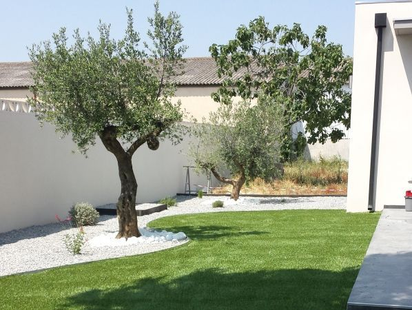 olivier un melange de contemporain et de chaleureux par nadege063 sur forumconstruirecom - Amenagement Exterieur Maison Contemporaine