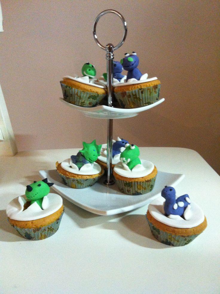 Dinosaurus cupcakes voor Finn's 4e verjaardag