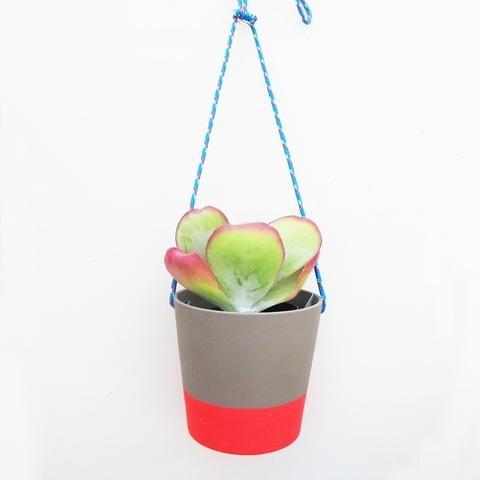 Gardenstate Hanging Pots | Shelter Black