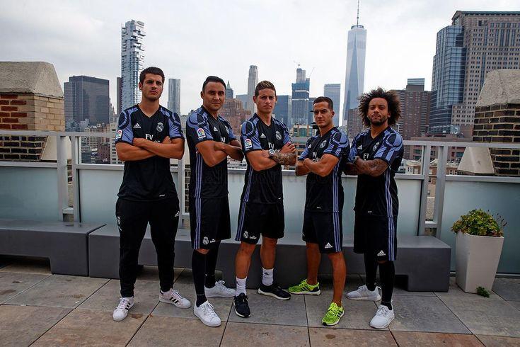 Real Madrid C. F. 3rd shirt 2016-17