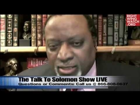 FORMER PRESIDENTIAL CANDIDATE -- Keyes: Obama Working WITH TERRORISTS  to Introduce Martial Law     http://beforeitsnews.com/politics/2013/05/obamaterrorists-to-bring-in-martial-law-in-america-says-former-presidential-candidate-2519312.html