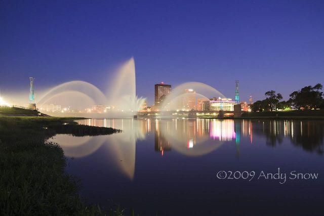 riverscape fountain dayton ohio