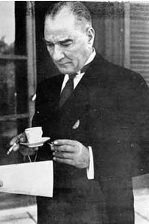 İngiltere'nin beşinci 'düşmanı' Atatürk