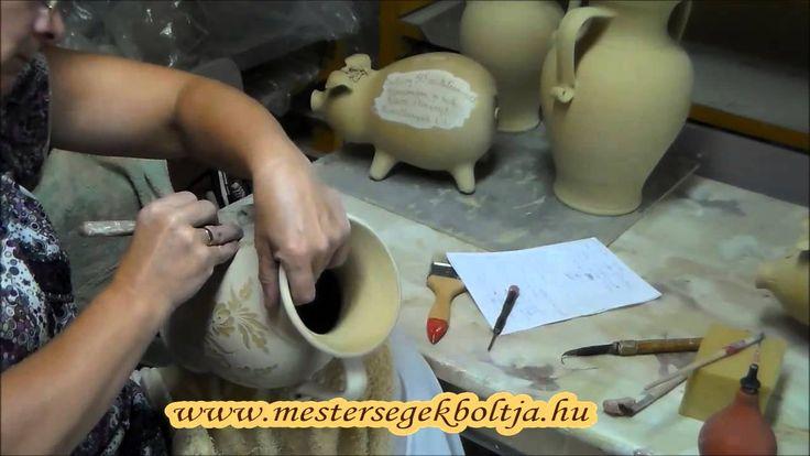 Metszett mintás váza készítése // www.mestersegekboltja.hu - Busi kerámia