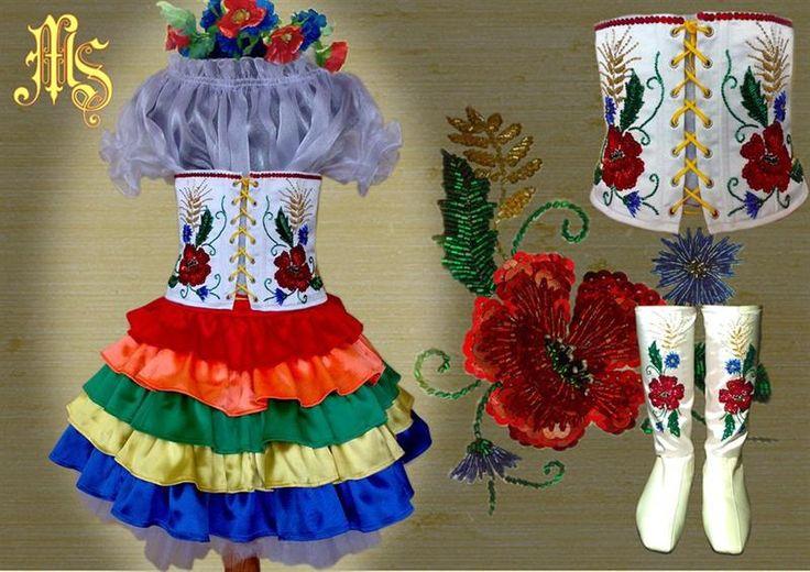 Эскизы стилизованных украинских костюмов