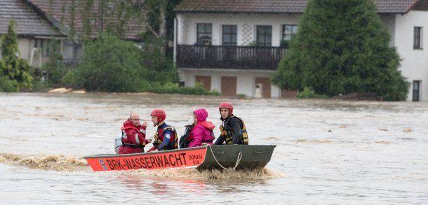 Unwetter: Schulkinder eingeschlossen - Katastrophenalarm in Niederbayern