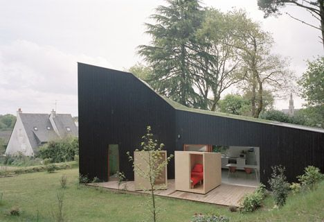 1 Sleeping outdoors is grand, but setting up and taking down the tents is far less fun. Nantes-based studio Raum created this lovely home in northern France for a family who wanted to combine indoor and outdoor living.  Read more: http://dornob.com/indoors-or-out-wheeled-bedrooms-are-perfectly-portable/#ixzz3AK6CFF5f