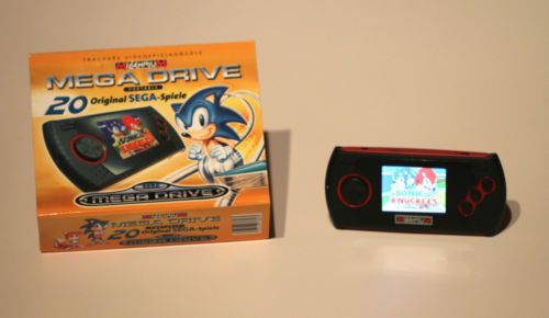 Sega Mega Drive Portable Tragbare Videospielkonsole in OVP 20 Sega Spiele