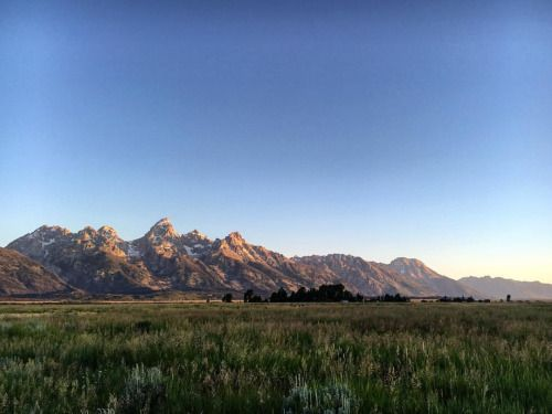 Sunrise over the Grand Tetons Wyoming. #GrandTetons...