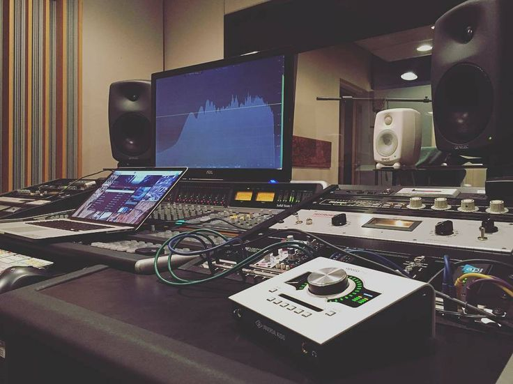 Repost from @mixedbylex -  Listening back to @champagnepapi album like a true Audio Engineer... . . #musicstudio #musicproduction #studioporn #studiosetup #recordingstudio #music  #studio #musicians #instamusic #studios #gearporn #gearslutz #gear #gearhead #studiolife #studioflow  #recording #musician #producing #inthestudio #ableton #protools #cubase #studioone #flstudio #synthesizer #synths #analogsynthesizer #vintagegear