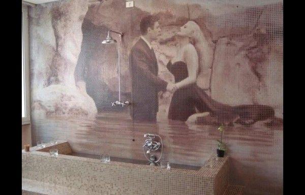 Mosaico Digitale - La Dolce Vita Bathroom Feature