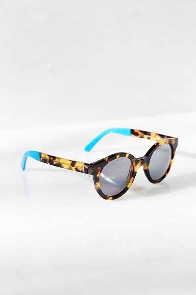 Sheriff & Cherry Woody Sunglasses - Urban Outfitters