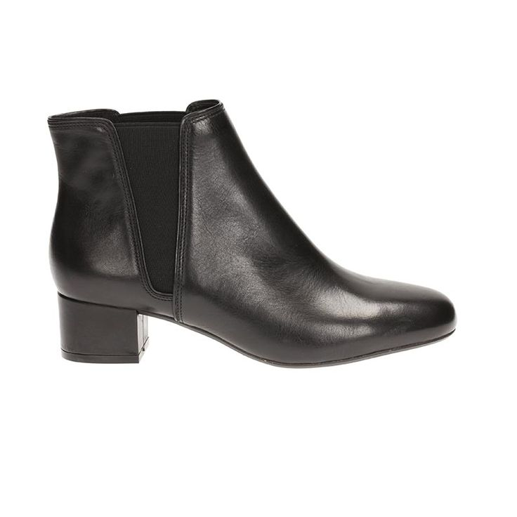 Cala Jean by Clarks Black leather  € 110